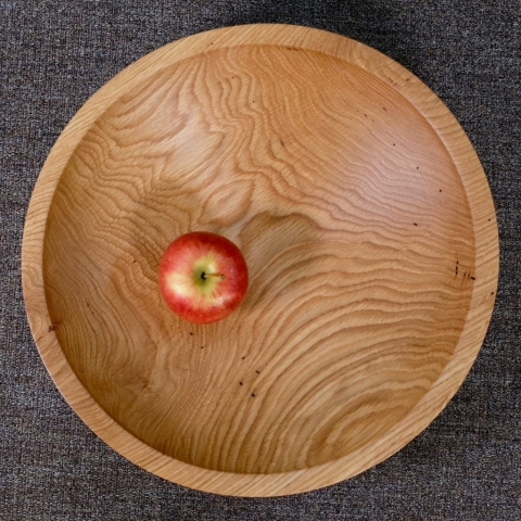 Large White oak bowl with apple